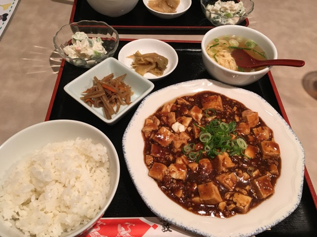 敦煌(とんこう) 豊中店で、オトクな麻婆豆腐ランチ